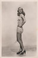 Veronica Lake Postcard From The 50's - Movie Star, Hollyood Actress, Film Memorabilia, American Cinema - Schauspieler