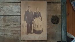 Quimper - CDV Photo Albumine Vers 1860 - Coiffe & Costume - Bretagne - Photographe J. VILLARD - Fotos