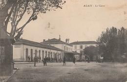 Gard : ALAIS - ALES : La Gare ( Au Dos Tampon Perlé Tornac - Gard ) - Alès
