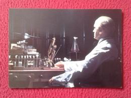 POSTAL POST CARD CARTE POSTALE ALEXANDER FLEMING DISCOVERER PENICILLIN PENICILINA CIENTÍFICO SCIENTIFIC MEDICINES VER - Nobelpreisträger