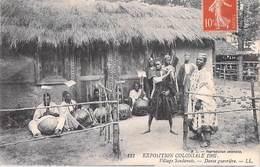 Afrique SOUDAN Exposition Coloniale 1907 Village Soudanais Danse Guerrière (- Editions LL N°121) - Sudan
