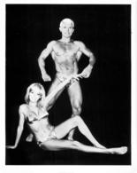 PHOTO HOMME  EN MAILLOT DE BAIN CULTURISME CULTURISTE 25 X 20 CM - Sports