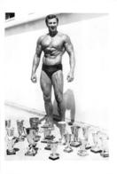 PHOTO  HOMME EN MAILLOT DE BAIN CULTURISTE CULTURISME 27 X 18 CM - Sport