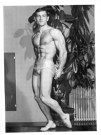 PHOTO HOMME EN MAILLOT DE BAIN CULTURISTE CULTURISME 24.50 X 18 CM - Sport