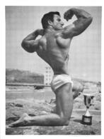 PHOTO   HOMME  EN MAILLOT DE BAIN CULTURISME CULTURISTE  11.50 X 9 CM - Sports
