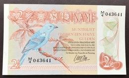 SURINAM P118B 2 1/2  GULDEN 1.8.1978 UNC - Suriname