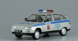 1:43 De Agostini - Auto Russe - VAZ 2112 DPS Moscou Police - See The Foto S  For Condition. ( Originalscan ) - Auto's, Vrachtwagens, Bussen