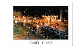 Cpm 66 - Canet Plage Place De La Méditerranée - Petit Train Manège Carrousel CHEVAUX BOIS Publicité MUSEE Du PERE NOEL - Canet Plage