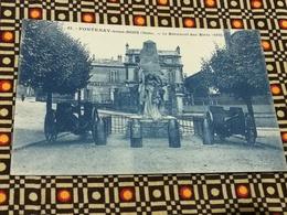 CPA Du 94 - Val-de-Marne - FONTENAY SOUS BOIS - Le Monument Aux Morts ( Canons...) - Fontenay Sous Bois