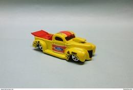Hot Wheels - '40 FORD TRUCK 1940 - 2011 HW Drag Racers HOTWHEELS 1/64 - HotWheels