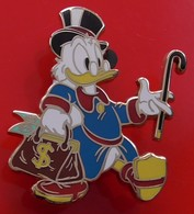Walt Disney Disneyland Enamel Pin Badge Scrooge McDuck Character - Disney