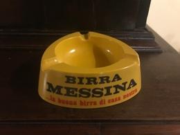 Posacenere In Plastica Vintage Birra Messina Introvabile La Buona Birra Di Casa Nostra - Alcolici
