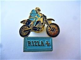 PINS  MOTO MOTARD    RIZLA + / 33NAT - Motos