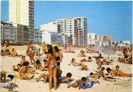 BRASIL  RIO DE JANEIRO  Praia De Ipanema  Pin-ups - Pin-Ups