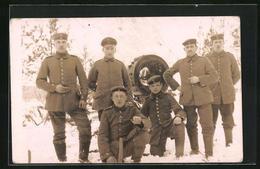 Foto-AK Feldgraue Mit Scheinwerfer - Oorlog 1914-18