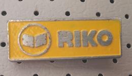 RIKO Ribnica Plowing Factory  Charrue Pflug Plows Tondeuse Slovenia Pin - Merken