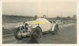 Automobile, Superbe Photo Originale D'une Amilcar Et De Son Conducteur, Phot. Velox - Cartes Postales