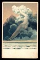 SURRÉALISME, Femme Nue Dans Les Nuages - Femmes