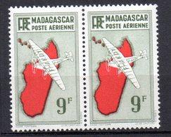 Col 13 / Madagascar Variété  PA N° 23 Cadre Gauche Barré  Neuf  XX MNH  Cote : 50,00 € - Madagascar (1889-1960)