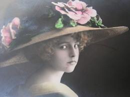 Schönes Mädchen Motiv, Mädchen, Portrait, Fillet, Girl, Child Ca.1912 - Abbildungen