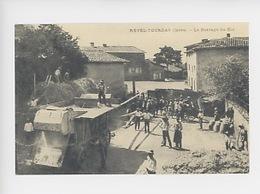 Revel-Tourdan (Isère) Le Battage Des Blés (c'était La Fance  N°877 Cp Vierge) - Paysans