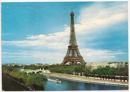 PARIS. La Tour Eiffel. - Tour Eiffel