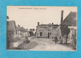 Les Grandes Chapelles. - Place De La Motte-Dufour. - Café Au Point Du Jour. - France