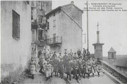 ROQUEFORT ( Aveyron ) : Ouvrières Sortant Des Caves De La RUE - Roquefort