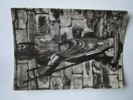 Treguier. La Cathedrale Saint Jean Baptiste. Statue En Bois. TIMO 49 Postmarked 1961. - Tréguier