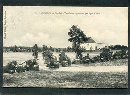 CPA - L'Infanterie Au Combat - Tirailleurs Organisant Une Ligne D'abris, Très Animé - Manoeuvres