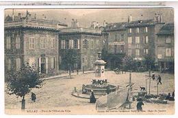 12...MILLAU   PLACE DE L HOTEL DE VILLE JOUR DE MARCHE  1911  AV05 - Millau