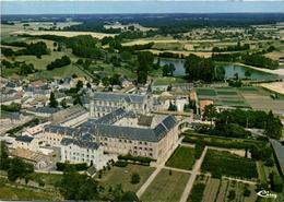 La Puye - Maison Mère Des Filles De La Croix - France