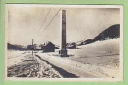 Montgenèvre En Hiver : L'Obélisque De La Douane. Mont Genèvre. 2 Scans. Ed. Au Petit Mont Genèvre - Autres Communes