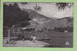MONT DAUPHIN GARE : Le Lac Et Son Pavillon Dancing. Le Fort Vauban. TBE. 2 Scans. Edition Abeil - Autres Communes