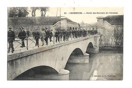 50 Cherbourg Sortie Des Ouvriers De L Arsenal - Cherbourg