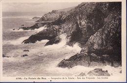 29 CLEDEN-CAP-SIZUN Perspective De La Falaise, Baie Des Trépassés, Les Grottes - Cléden-Cap-Sizun