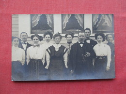 RPPC  Group Photo  Man With Cigar  Ref 3250 - Postcards