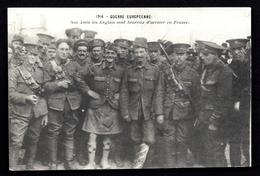 CP 1- CPA ANCIENNE- FRANCE- MILITARIA- GUERRE- NOS AMIS ANGLAIS SONT HEUREUX D'ARRIVER EN FRANCE- TRES GROS PLAN - Guerre 1914-18