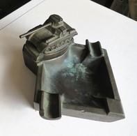 LADE 3 - CENDRIER EN ZAMAK AVEC TANK - ASBAK IN ZAMAK MET TANK - +- 10 X 10 CM -333 GRAM - Decorative Weapons
