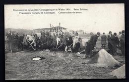 CPA ANCIENNE- FRANCE- MILITARIA- PRISONNIERS FRANCAIS EN ALLEMAGNE- CONSTRUCTION DE TENTES- TRES BELLE ANIMATION - Guerre 1914-18
