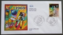 FDC 2000 - YT N°3355 - LE SIECLE AU FIL DU TIMBRE / SOCIETE - PARIS - 2000-2009