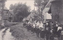 DWORP  DE PROCESSIE IN DE KARTONSTRAAT - Beersel