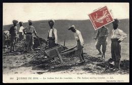 CPA PRECURSEUR- FRANCE- MILITARIA- GUERRE 1914-18- LES INDIENS FONT DES TRANCHÉES- TRES GROS PLAN - Guerre 1914-18