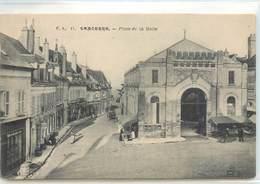CPA 18 Cher  Sancerre Place De La Halle Picon Café - Sancerre