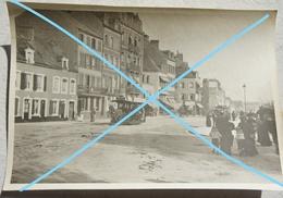 Photo BOULOGNE SUR MER Grande Rue Animée Tram à Traction Chevaline Commerces Circa 1910 - Lieux