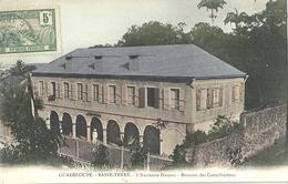 CPA Guadeloupe Basse Terre L'Ancienne Douane Bureau Des Contributions - Basse Terre