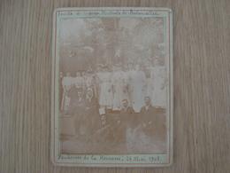 PHOTO SOCIETE DE SECOURS MUTUELS DE BRETONCELLES VENDEUSE DE LA KERMESSE 24 MAI 1908 - Geïdentificeerde Personen