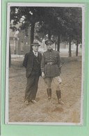 LEOPOLDSBURG -KAMP VAN BEVERLOO:  FOTOKAART- MILITARE-SOLDAAT-UNIFORM-MET VOLK - Leopoldsburg (Camp De Beverloo)