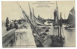 85-LES SABLES D'OLONNE-Le Port Obstrué Par Les Bâteaux Sardiniers, ...échouements Et Abordages...1910  Animé - Sables D'Olonne