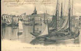 La Chaume Barques Armées Pour La Peche Du Thon - France